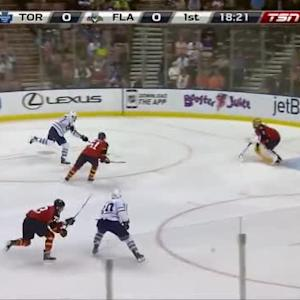 Roberto Luongo Save on Peter Holland (01:41/1st)