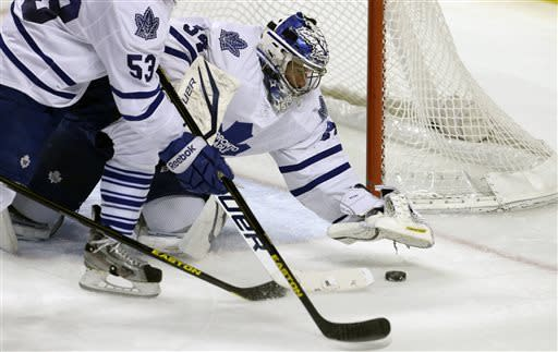 Maple Leafs blank Panthers 4-0