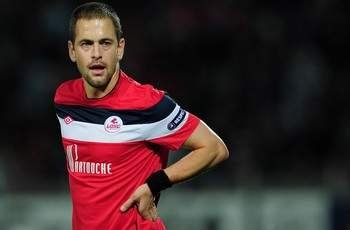 Joe Cole should return to Lille - Cabaye