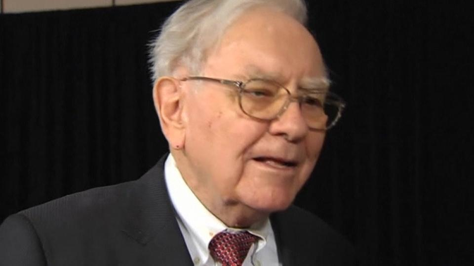 Buffett may look abroad for buys