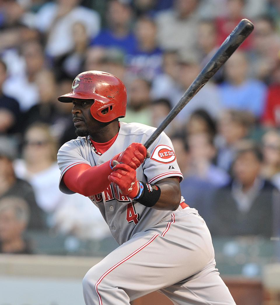 Hoover helps Reds beat Cubs 6-4 in 11 innings