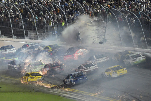 Earnhardt Jr. wins at Daytona in front of Dillon's vicious crash