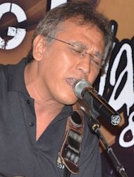 Iwan Fals Sukses Hibur Oi Cirebon