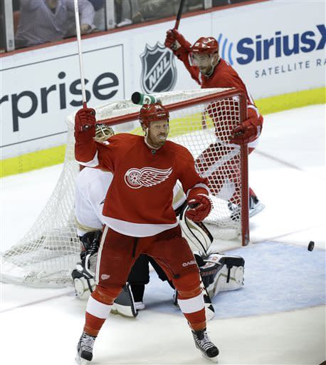 Red Wings beat Ducks 4-3 in OT, setting up Game 7