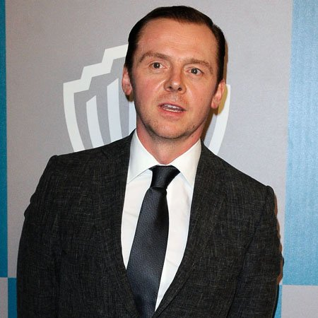 Simon Pegg: Movie kissing is work