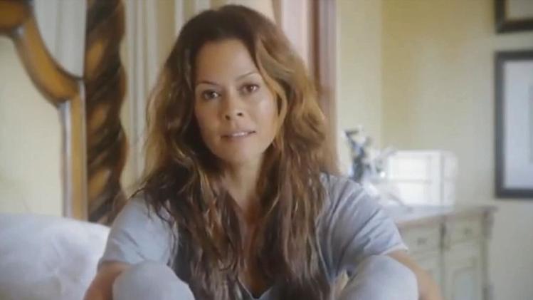 'DWTS' co-host Brooke Burke-Charvet reveals she has thyroid cancer