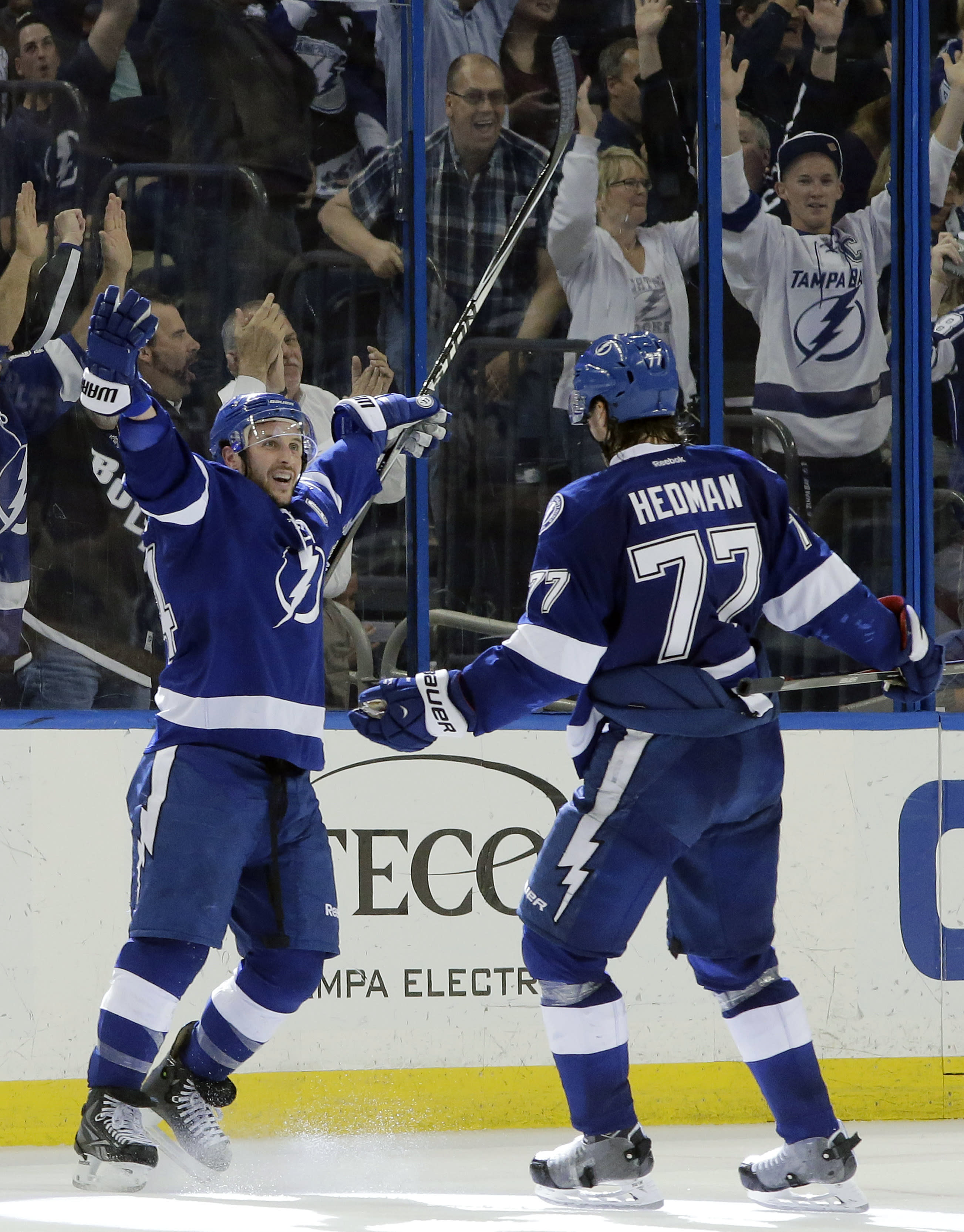 Lightning rally for 4-3 win over Panthers