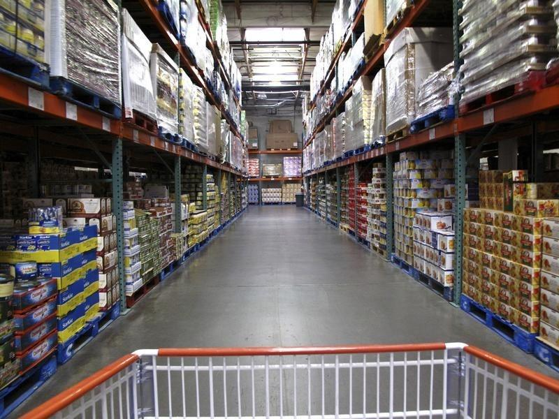 U.S. wholesale inventories rise slightly in August