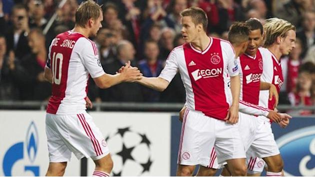 Champions League - Ajax pair in doubt for showdown in Milan