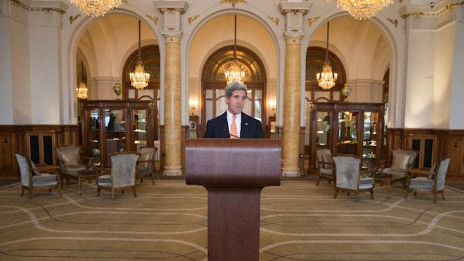 US Secretary of State John Kerry delivers remarks at the conclusion of another round of nuclear negotiations with Iranian Foreign Minister Mohammad Javad Zarif, on March 4, 2015, in Montreux, Switzerland