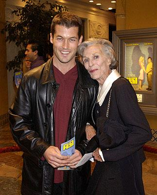 Zen Gesner and mother Nan Martin at the Westwood premiere of Shallow Hal
