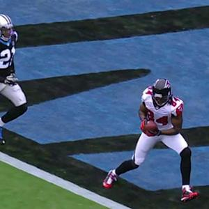 Atlanta Falcons wide receiver Roddy White 2-yard touchdown catch