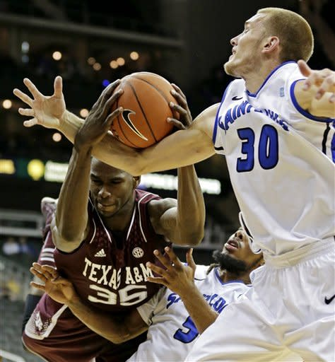 Evans leads Saint Louis over Texas A&M, 70-49