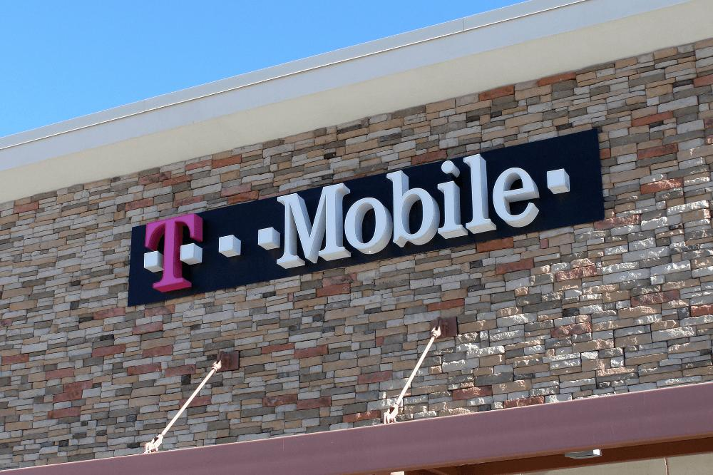 Next T-Mobile Tuesday event will let subscribers gift rewards to friends, family