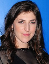 Mayim Bialik in car crash