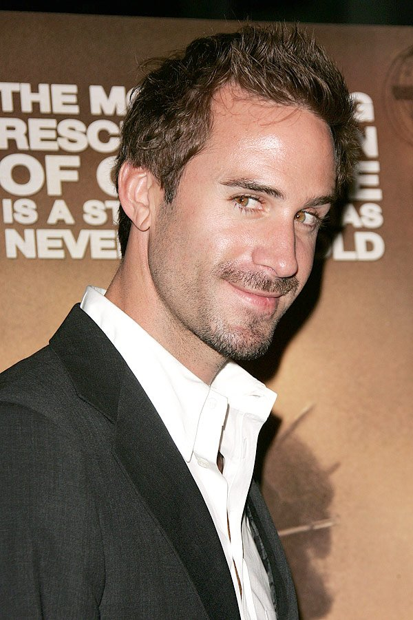 Happy Birthday, Joseph Fiennes — Today, May 27, You're 42 Years Old