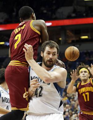 Cavs' Irving has nasal fracture, available to play