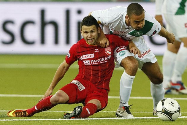 FC Thun's Steffen fights for the ball with FC St-Gallen's Nater during their Swiss Super League soccer match in Thun