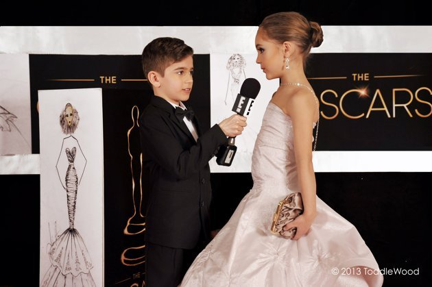 Oscars turned toddler-sized - Jennifer Lawrence