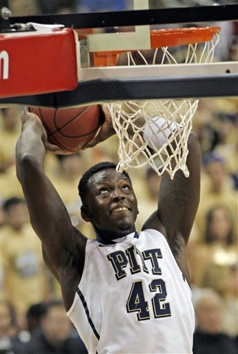 Pittsburgh comes back to beat Oakland 72-62 in OT