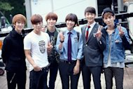SHINee and Sulli