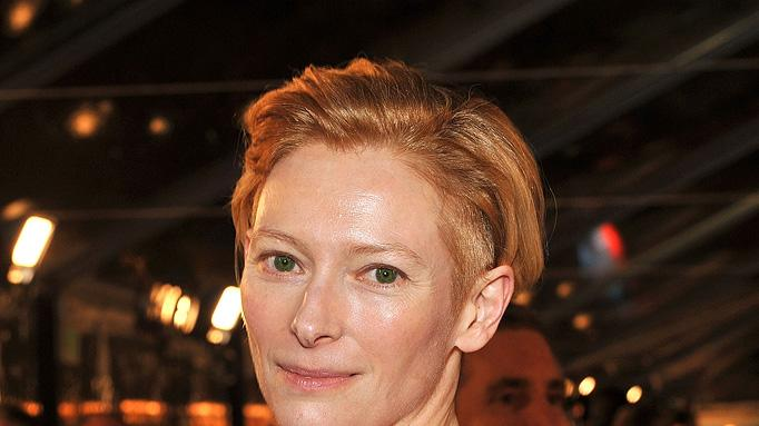 The Curious Case of Benjamin Button Premiere 2008 LA Tilda Swinton