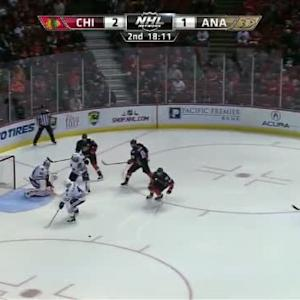 Corey Crawford Save on Josh Manson (01:55/2nd)