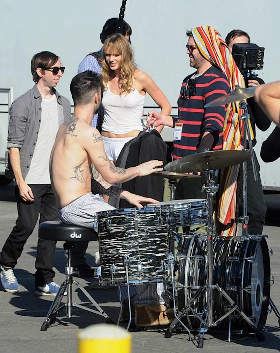 Levine Vyalitsyna Music Video