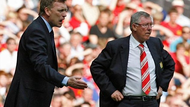David Moyes (l.) beerbt Sir Alex Ferguson (r.)