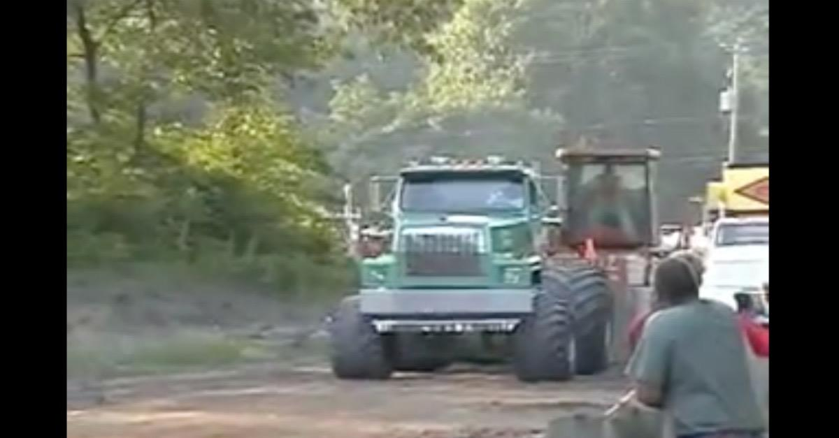 Ever Seen a Tow Truck Do This Before? (Watch)
