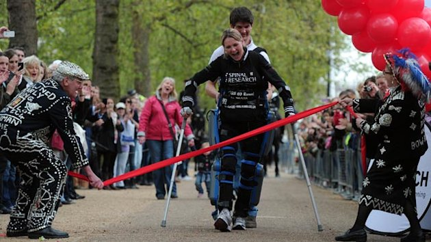 Paralyzed Woman Finishes London Marathon (ABC News)