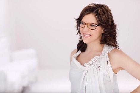 Exclusive: Lisa Loeb Talks New Album, No Fairy Tale
