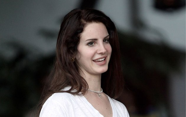 PHOTOS Lana Del Rey au naturel, son visage nest plus le mme