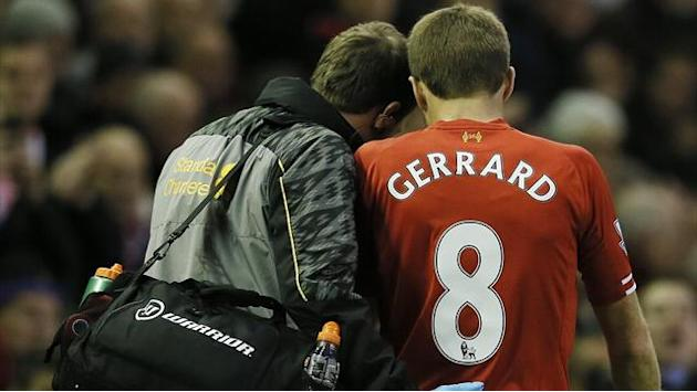 Premier League - Gerrard out for up to six weeks out with hamstring injury