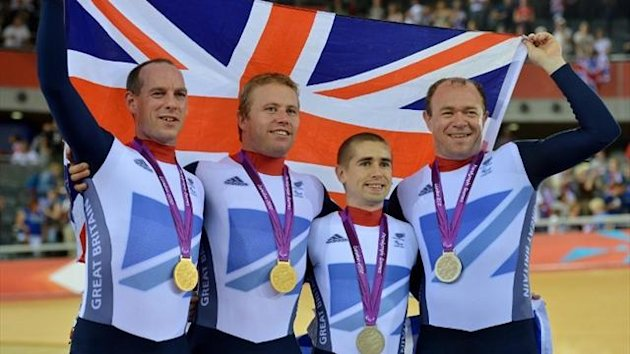 Gold medalists Great Britain's Anthony Kappes (L) and Craig Maclean (2nd L) pose with silver medalists Neil Fachie (2nd R) and Barney Storey (AFP)