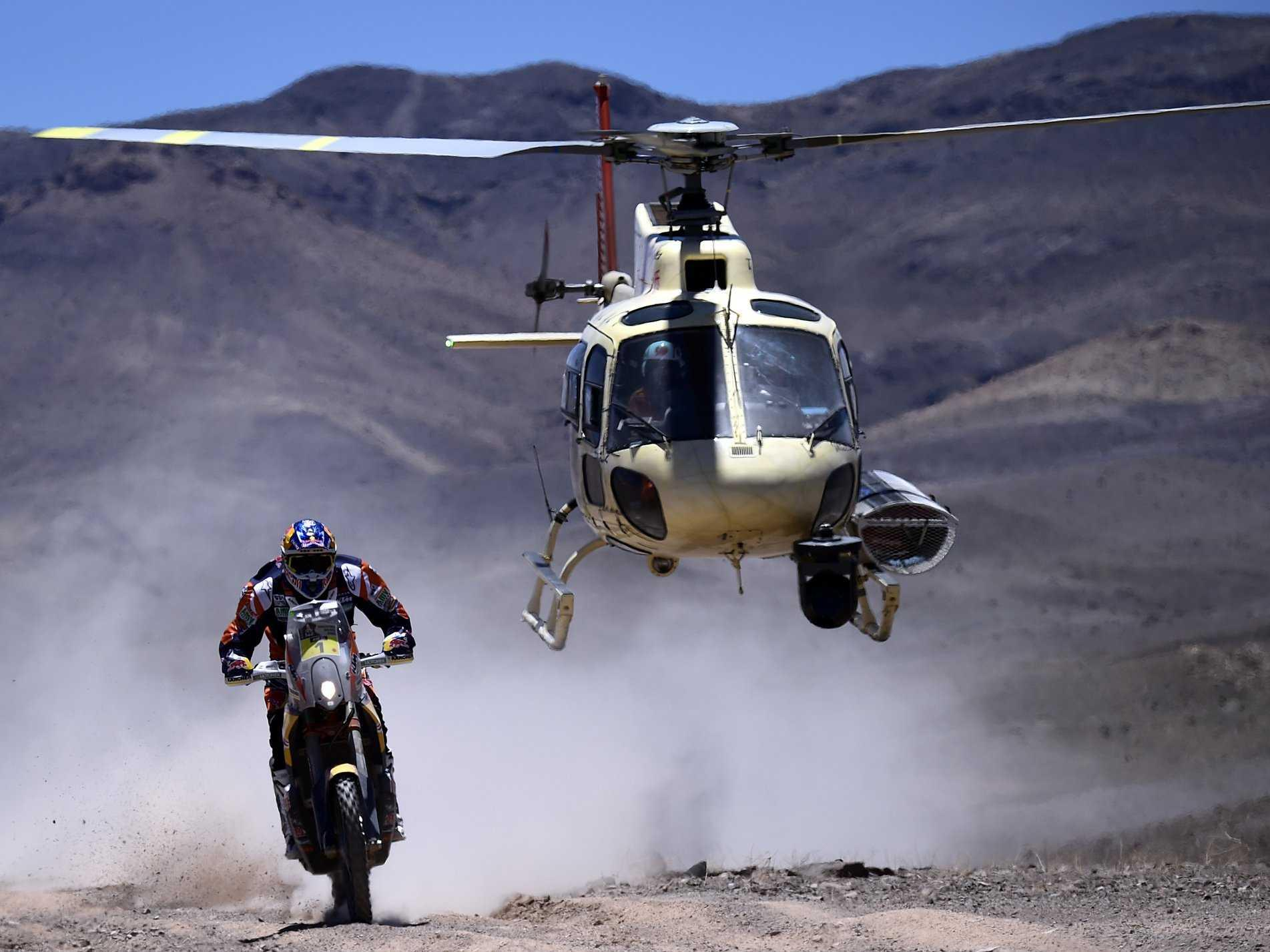 32 Jaw-Dropping Photos From the 2015 Dakar Rally