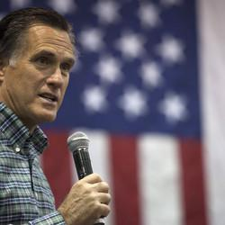 Mitt Romney To Update Supporters On Plans For 2016 Campaign