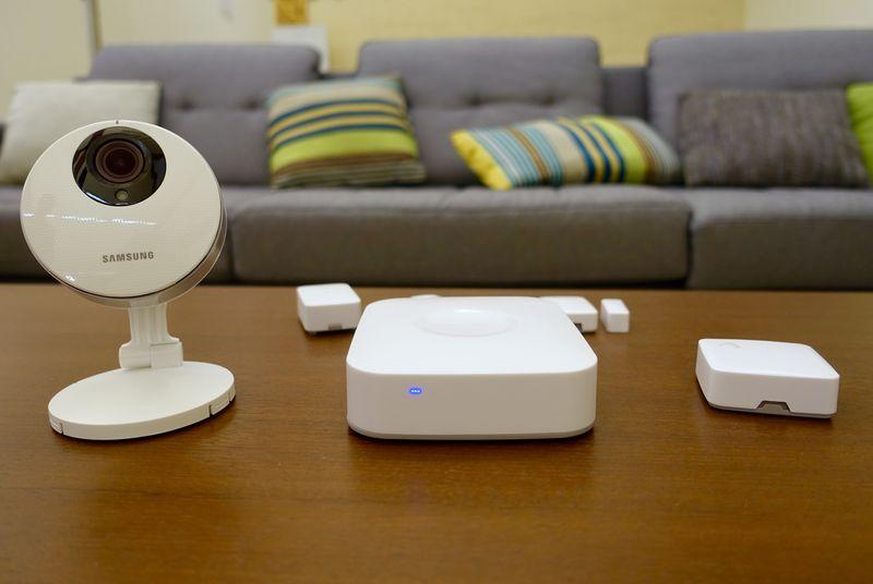 SmartThings' new hub uses Samsung cameras to monitor your home