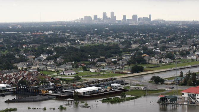 Big bill for levee upkeep comes to New Orleans