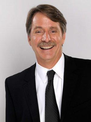 Comedian Jeff Foxworthy to Host CBS Summer Cooking Show 'The American Baking Competition'