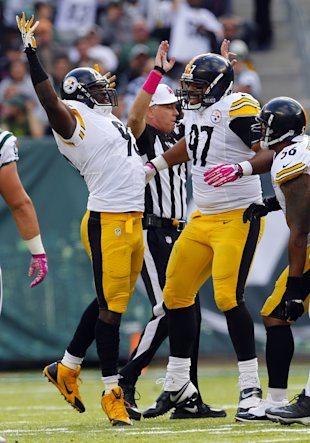 Jason Worilds (93) celebrates a sack (Getty Images)