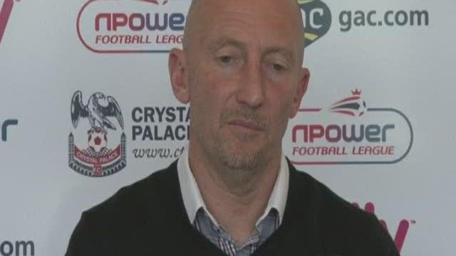 Holloway in rallying call ahead of play-off final