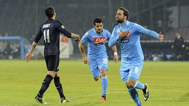 Napoli's Gonzalo Higuain (R) celebrates after scoring against Inter Milan during their Italian Serie A match at San Paolo stadium in Naples December 15, 2013 (Reuters)