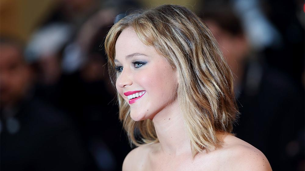 Jennifer Lawrence to Play War Photographer in Steven Spielberg's 'It's What I Do'