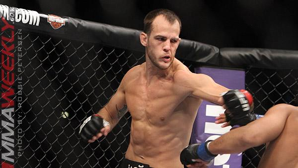 Cole Miller Confirms Broken Hand in UFC Fight Night 35 Bout, Unsure of Surgery