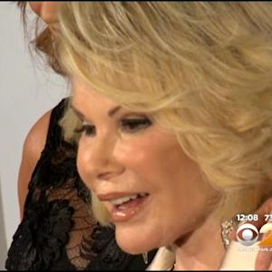 Joan Rivers Remains In Critical Condition At Mount Sinai Hospital