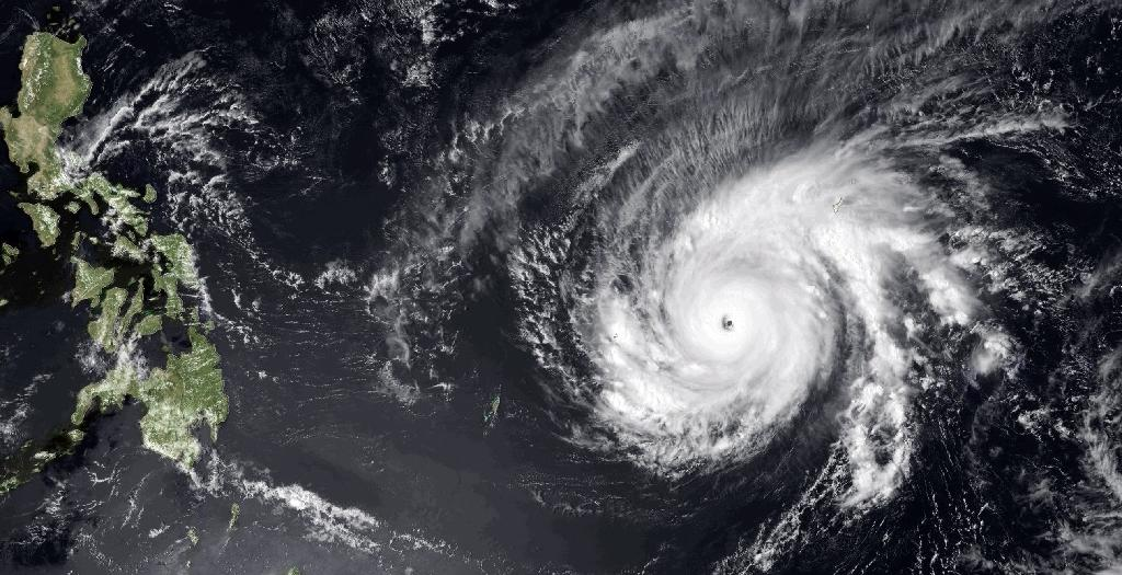 'Disaster emergency' as super typhoon churns through Micronesia