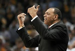 Hollins during the fourth quarter in Game 3 of their NBA Western Conference final playoff basketball series in Memphis