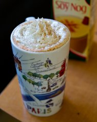 Vegan Egg Nog Latte