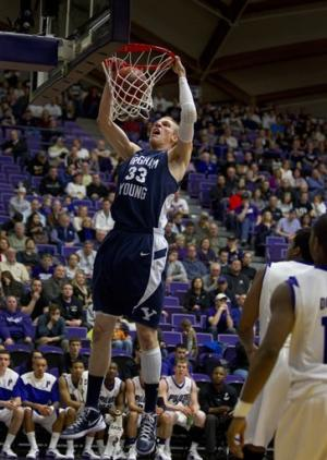 Davies leads BYU to 79-60 victory over Portland